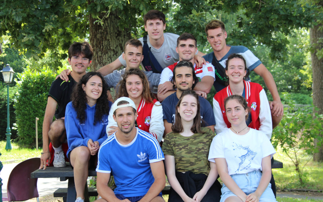 Les étudiants de Centrale Supélec au Village